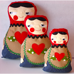 Nesting Dolls (set of 3)