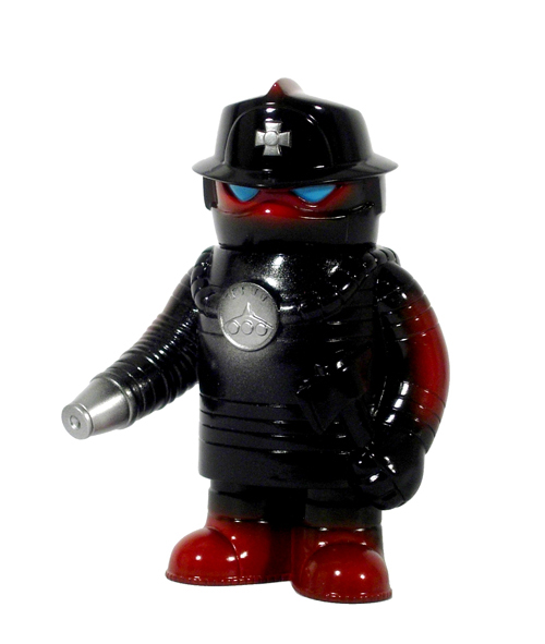 It&#39;s getting hot in here!  Fire Robo to the rescue!  Fire Robo by Jeremy Whiteaker, the newest member of the Super 7 Monster Family.  This first edition is cast in black vinyl with maroon, silver and light blue spray details.  Fire Robo is on the way to save the day!<br><br>This item will be available to purchase at 2pm EST on 7/3.