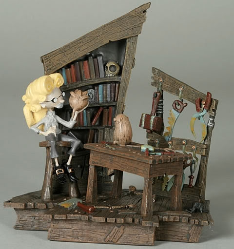 Geppetto's Workshop color edition by Gris Grimly is a deluxe cold cast collectible which includes removable tools and each piece is hand painted.