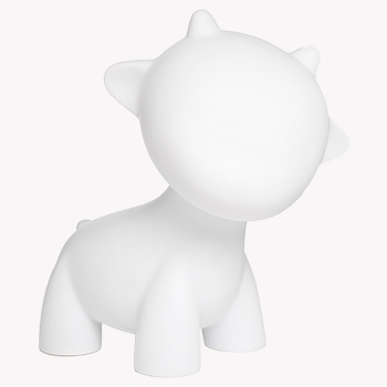 The do-it-yourself toy universe expands! MUNNY and your favorite MUNNYWORLD characters are now 7-inches tall. Get to know RAFFY, one of the DIY stars of MUNNYWORLD. Made from super smooth white vinyl and all ready for drawing, scribbling, piercing, painting and posing, the 7-inch RAFFY comes with one mystery accessory, practice sticker, and